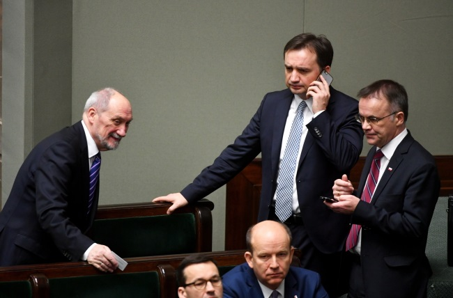 Justice Minister Zbigniew Ziobro (standing second from right), pictured in Poland's parliament on Thursday. Photo: PAP/Bartłomiej Zborowski
