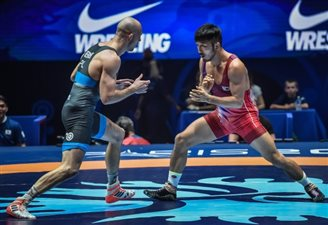 Poland's Bernatek wins silver at world wrestling championships