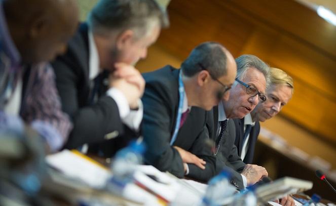 Заседание Венецианской комиссии во главе с Джанни Букиккио