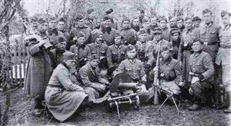 Чи українці брали участь у придушенні Варшавського повстання?