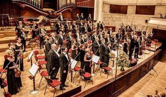 Sinfonia Varsovia on French tour