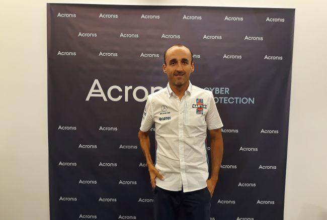 Роберт КУбица - почетный гость пресс-конференции, посвященной 15-летию фирмы Acronis.