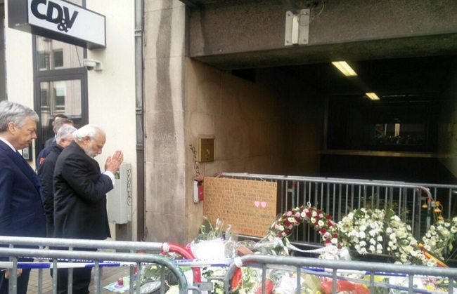 While in Brussels, the Indian Prime Minister paid tributes to the victims of the Brussels attacks. Photo: Twitter.com/PMO India