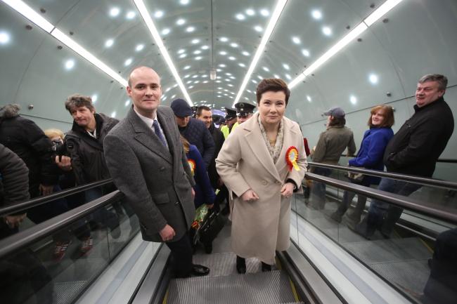 Mayor of Warsaw Hanna Gronkiewicz-Waltz descends into the capital's new metro line. Photo: PAP/Leszek Szymański.