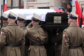 Ex-PM Jan Olszewski laid to rest