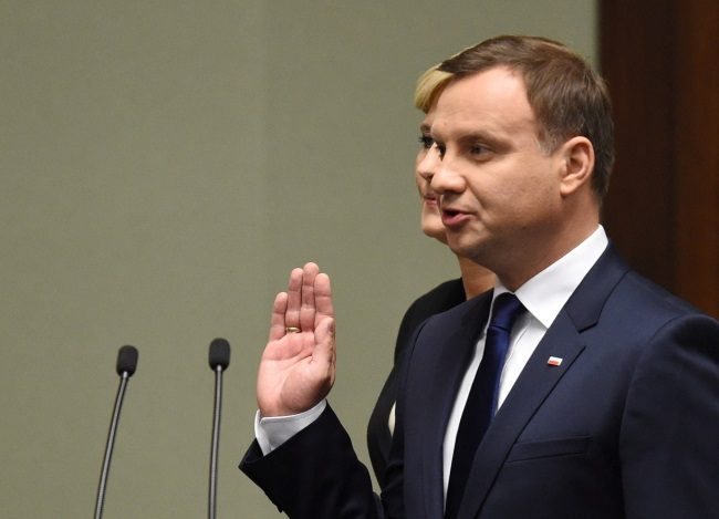 Andrzej Duda being sworn in on 6 August 2015. Photo: PAP/Radek Pietruszka