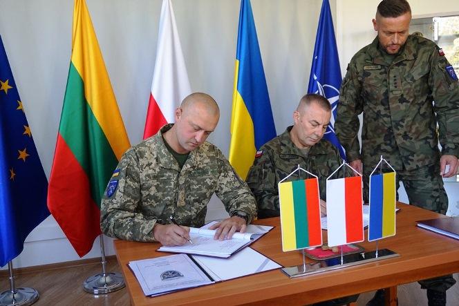 Захід відбувся в Любліні у кімнаті слави командування Багатонаціональної бригади за участю особового складу ЛИТПОЛУКБРИГ та членів координаційної групи