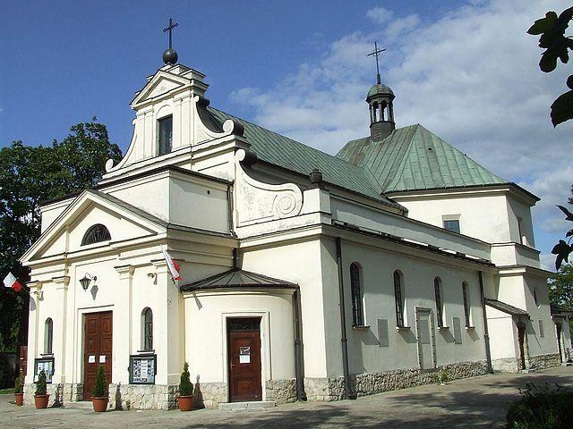 Костел Королеви Польщі Матері Божої, збудований на фундаменті літнього палацу королеви Марисеньки. Маримонт, Варшава.
