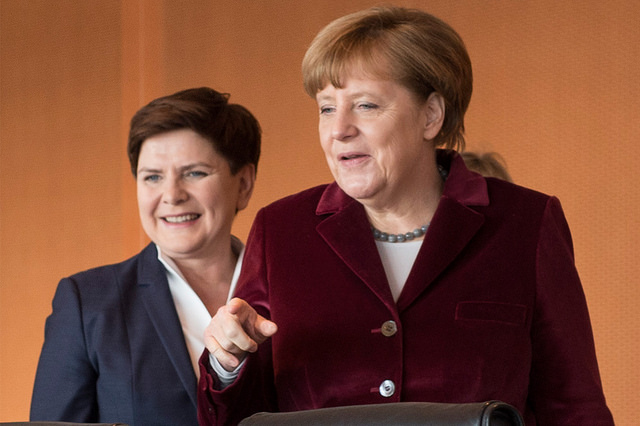 A file picture of a January 2016 meeting between Angela Merkel (R) and Beata Szydło. Photo: Flickr.com/premierrp