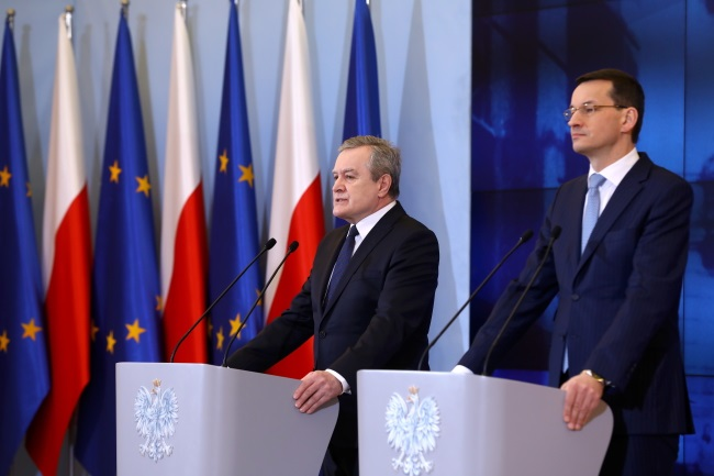 Prime Minister Mateusz Morawiecki (right) and Deputy Prime Minister and Culture Minister Piotr Gliński (left) announce plans to set up the new Warsaw Ghetto Museum at a joint news conference in the Polish capital on Wednesday. Photo: PAP/Rafał Guz