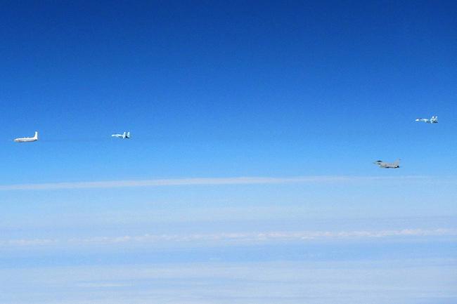 Великобритания сообщила о перехвате пяти российских самолетов