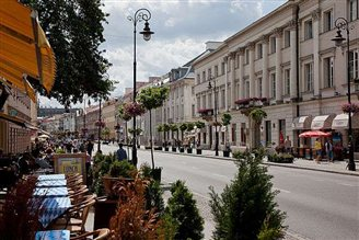 Warsaw's Nowy Swiat 44th most expensive high street globally