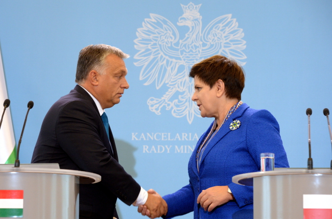 Viktor Orban and Beata Szydło. Photo: PAP/Jacek Turczyk