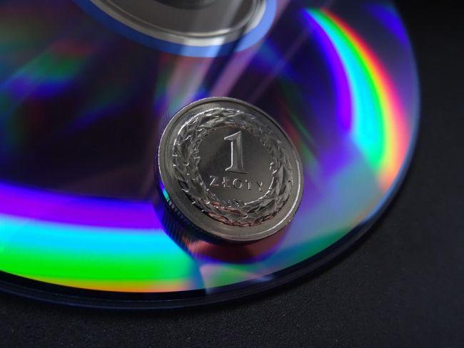 Монета достоинством 1 злотый