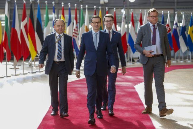 Премьер Польши Матеуш Моравецкий на саммите ЕС в Брюсселе