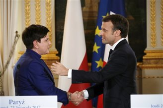 Polish PM speaks out for compromise after talks with French president