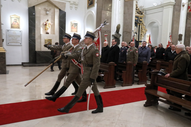 Месса в честь погибших, умерших и ныне живущих солдат Армии Крайовой в 77-ю годовщину преобразования Союза вооруженной борьбы в Армию Крайову