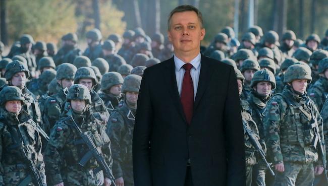 Министр обороны Польши Томаш Семоняк, фото - radiopik.pl