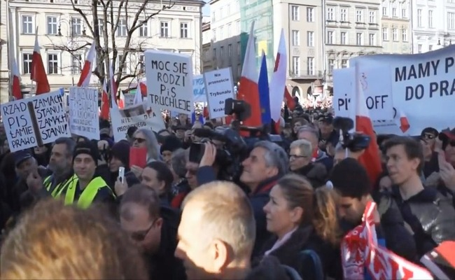 A December demonstration organised by KOD in Kraków. Image: youtube