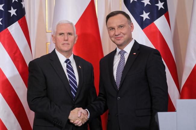Віце-президент США Майк Пенс (ліворуч) і президент Польщі Анджей Дуда (праворуч), Варшава, 13 лютого 2019 року