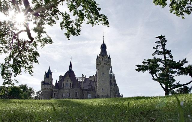 Moszna Castle, southern Poland. Photo: Arcaion/pixabay.com/CC0 Creative Commons