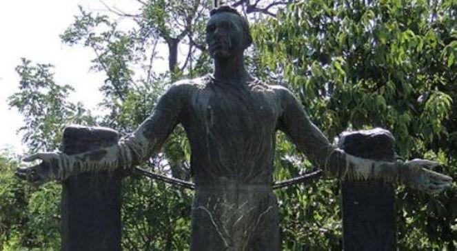 Fragment pomnika Jerzego Iwanowa-Szajnowicza w Salonikach