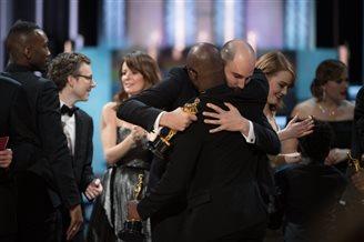 Премию «Оскар» за лучший фильм получила кинолента «Лунный свет»