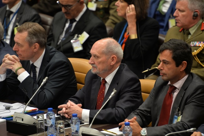 Poland's Antoni Macierewicz (centre) attends a meeting of NATO defence ministers in Brussels on Thursday. Photo: PAP/MON/Robert Siemaszko