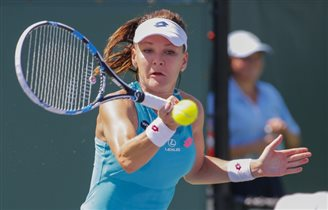 Tennis: Radwańska drops out of Miami Open