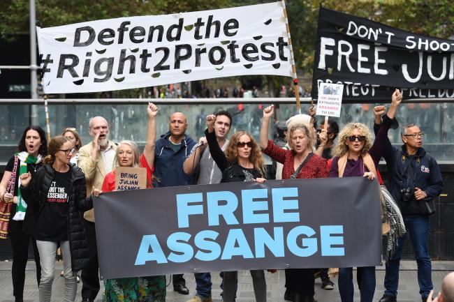 Сидней (Австралия) демонстрация в поддержку Джулиана Ассанжа