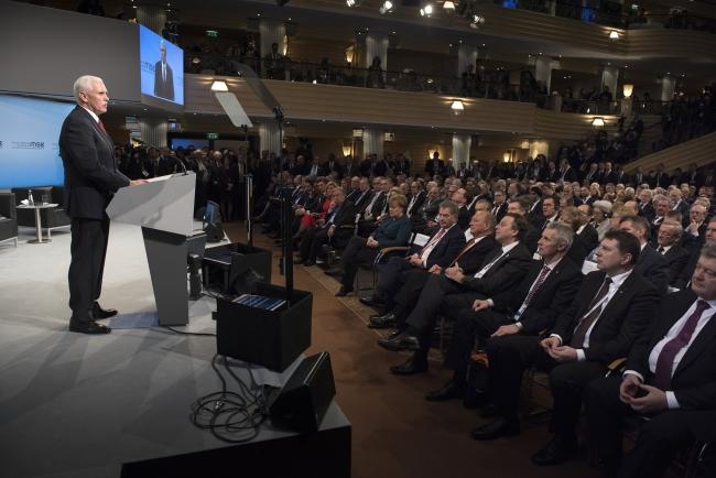 Віце-президент США Майк Пенс у Мюнхені, 18 лютого 2017 року