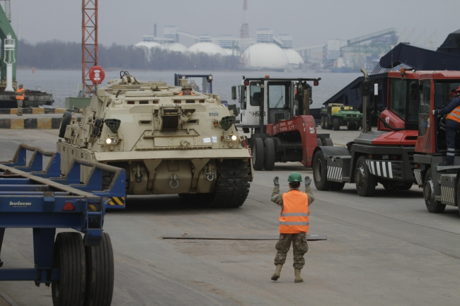 A M1A2 Abrams fighting vehicle as offloading of the US 1st Brigade 3rd Infantry Division equipment begins from the Liberty Promise ship in at Riga Port, Latvia 09.03.2015. Photo: PAP/EPA/VALDA KALNINA