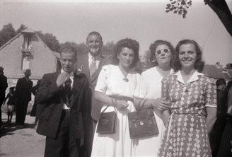 21.04.1944 г. выбарчае права атрымалі жанчыны ў Францыі