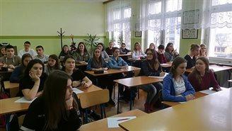 Беларускія ліцэі ў Польшчы пачынаюць змаганьне за вучняў