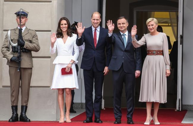 Президент Польщі Анджей Дуда з дружиною Аґатою Корнгаузер-Дудою та принц Вільям із принцесою Кейт