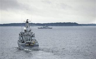 Moscow denies Russian submarine stricken off Swedish coast