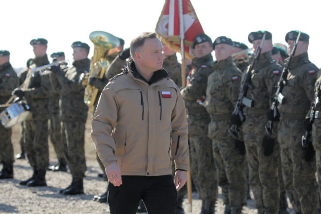 Президент Польши Анджей Дуда на полигоне в Ожише