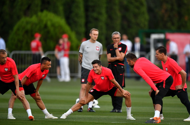 Poland football players during practice at their World Cup training base in the southern Russian resort of Sochi on Wednesday. Photo: PAP/Bartłomiej Zborowski