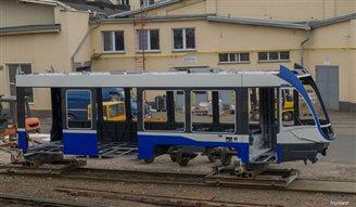 Krakowiak trams arrive at Kraków depot