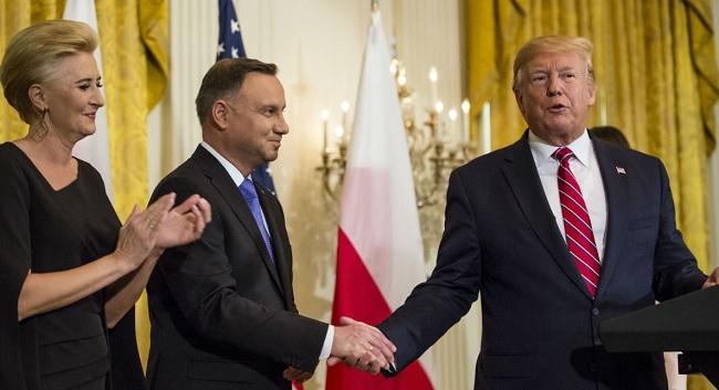 Президент Польши Анджей Дуда с супругой Агатой Корнгаузер-Дудой во время встречи с президентом США Дональдом Трампом. Вашингтон 12.06.2019