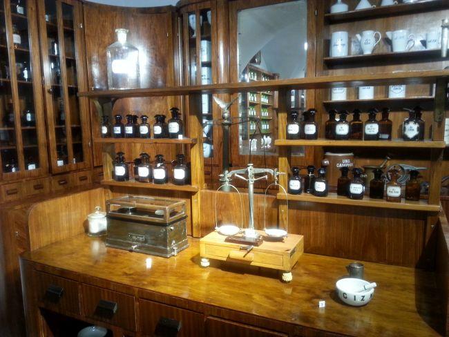 Часть экспозиции Музея фармацевтики им. Антонины Лесьневской в Варшаве.