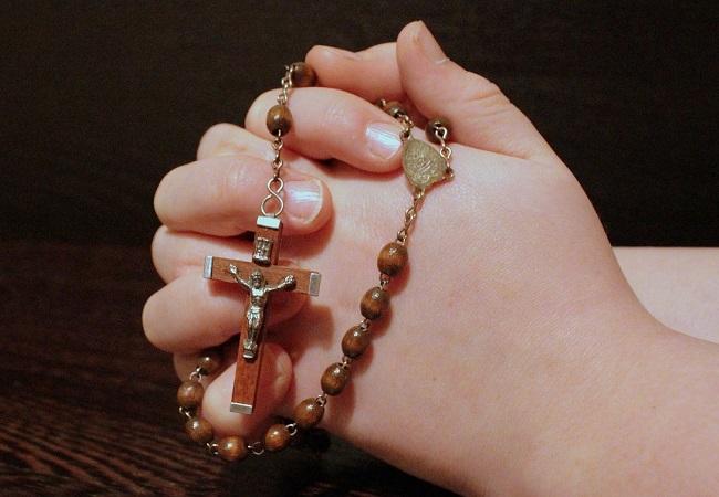 Rosary beads. Photo: Myriams-Fotos/Pixabay (CC0)