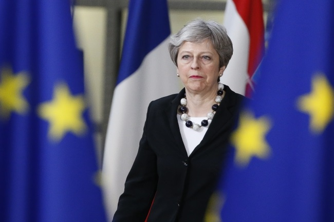 British Prime Minister Theresa May arriving for the second day of the European Council's Spring meeting in Brussels, Belgium. EPA/JULIEN WARNAND