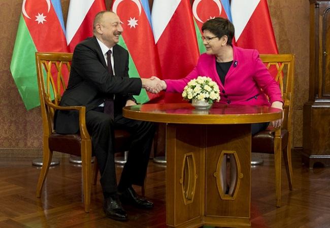 Azerbaijani President Ilham Aliyev and Polish Prime Minister Beata Szydło. Photo: P. Tracz/KPRM.