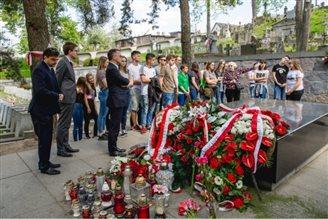 Jarosław Sellin: dbamy o polskie dziedzictwo w Wilnie