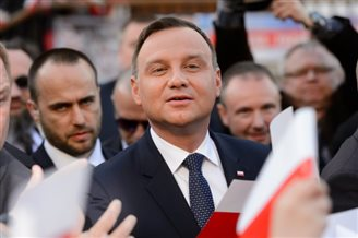 No serious politician wants to leave EU: Polish president