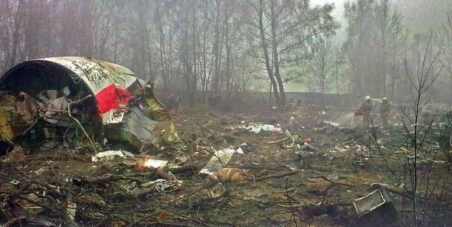 Обломки польского правительственного самолета, разбившегося под Смоленском 10 апреля 2010 года.