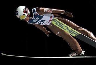 Ski jumping: Polish team wins World Cup opener