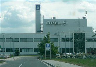 Poland in touch with parties to possible Opel takeover