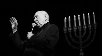 Star of Poland's Jewish theatre dies